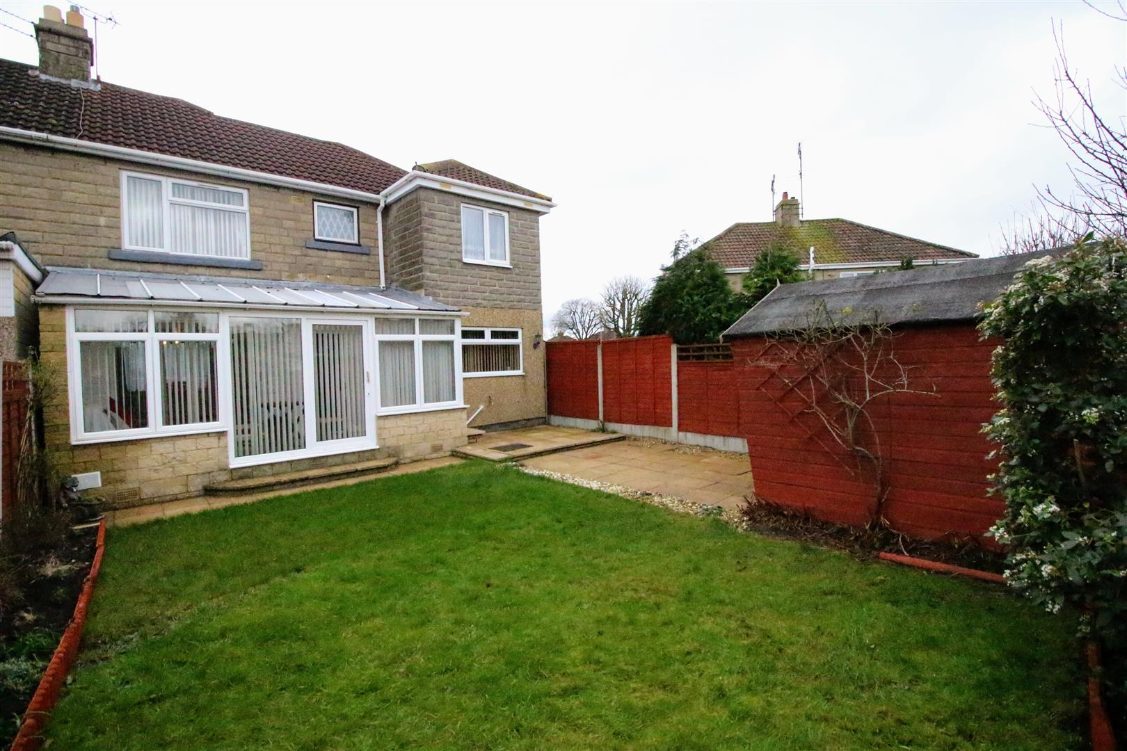 4 Bedrooms Semi Detached House for sale in Collett Avenue, Off Northern Road, Swindon